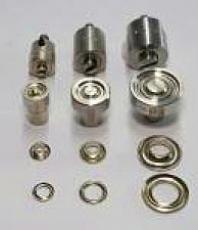 Ösenaufnahme Stahl für Hand-Ösenpressen